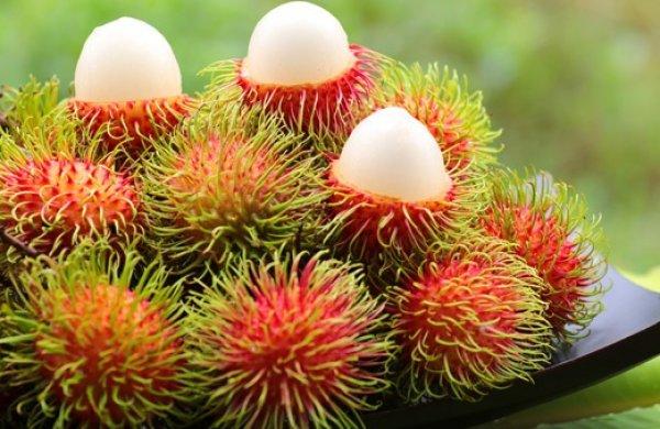 Фрукт рамбутан  как выглядит полезные свойства и вред как едят