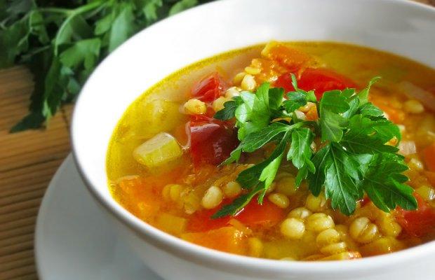 болит живот после горохового супа
