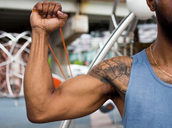 Гимнастика для плечевого сустава - видео упражнения