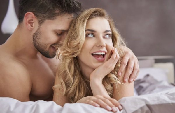 Что нравится мужчинам в сексе и как удивить партнера в постели