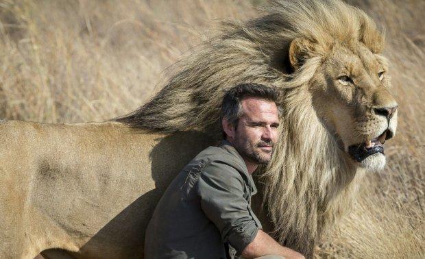 Мужчина лев почему игнорирует