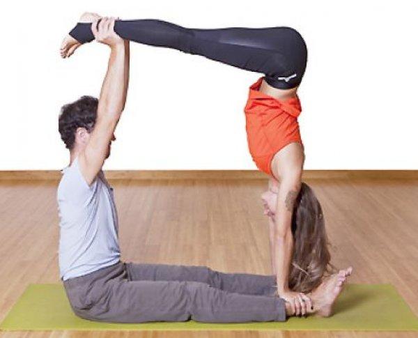йога челлендж фото на двоих