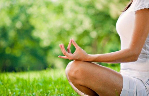 Видеоуроки йоги для начинающих в домашних условиях