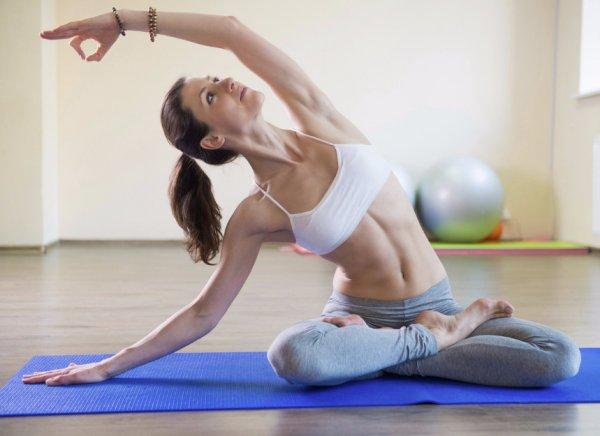 Йога для похудения живота и боков в домашних условиях